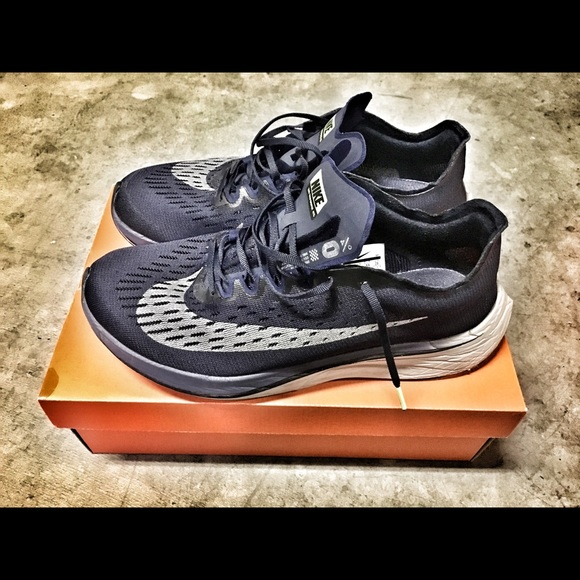 big sale 98705 f2673 Nike Zoom Vaporfly 4%. M 5c391732534ef936f5146ca6. Other Shoes ...